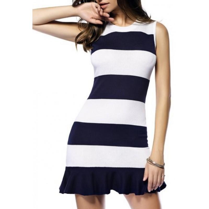 Простое короткое платье 28eb03478fb