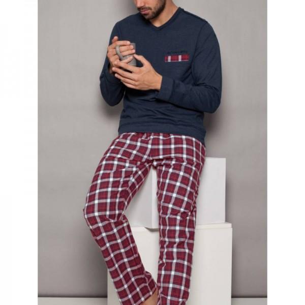Мъжка пижама с V-деколте